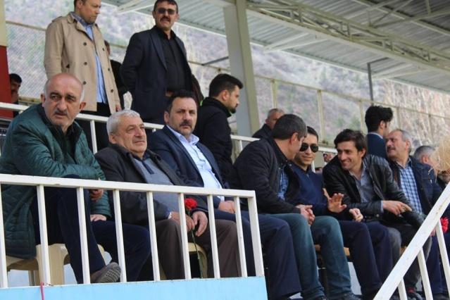 Gümüşhane 1 Amatörde mücadele eden Torul Belediye Spor  1 Amatör ligin final maçını Torul ilçe stadında Torul Belediye Spor rakibi Yeşilpınar köyspor'u 9 -0 mağlup  ederek ligin şampiyonu oldu