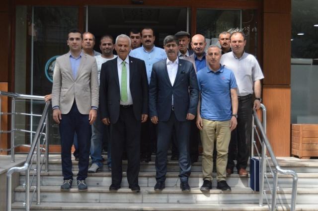 Gümüşhane Eski Milletvekili ve Milli Savunma Bakanı ve Adalet Bakanı Mahmut Oltan Sungurlu, Baba ocağı Gümüşhane'ye Ziyaretlerinde Torul'u 'da Ziyaret etmeyi unutmadı.