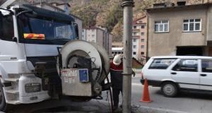 Gümüşhane'de Kanalizasyonlar Temizliyor