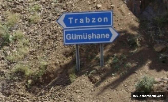 Trabzon Gümüşhane yolunda heyelan tehlikesi