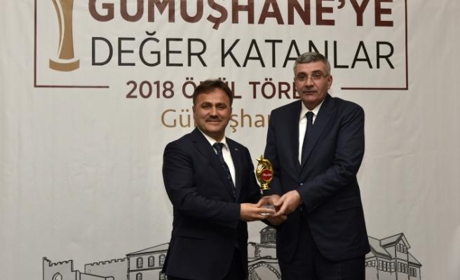 Yarışmada Yılın Belediye Başkanı Ercan çımen