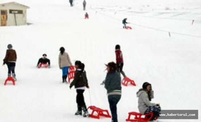Zigana kışın kayağıyla yazın etiyle tatilcilerin ilgi odaği
