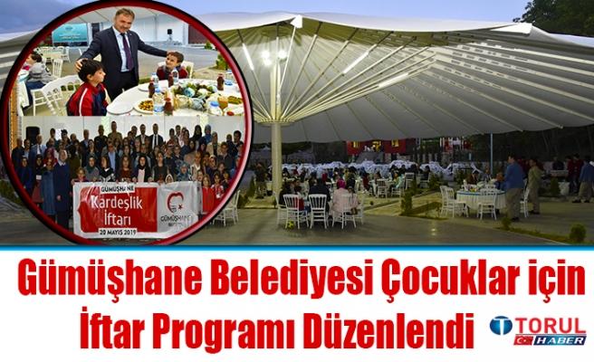 Gümüşhane Belediyesince 'Kardeşlik İftarı' düzenlendi.