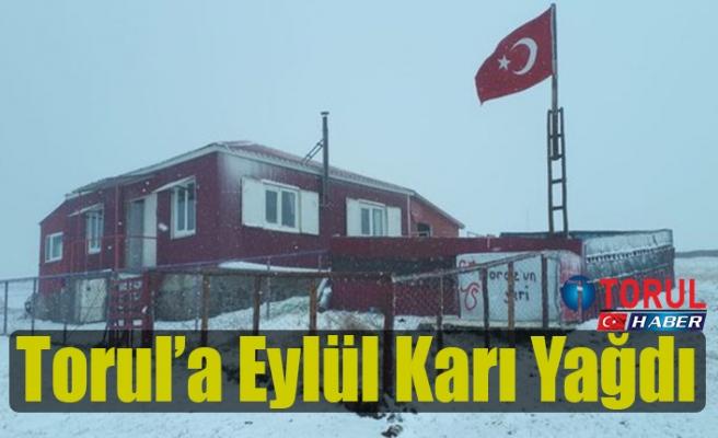 Torul'a Eylül Karı Yağdı